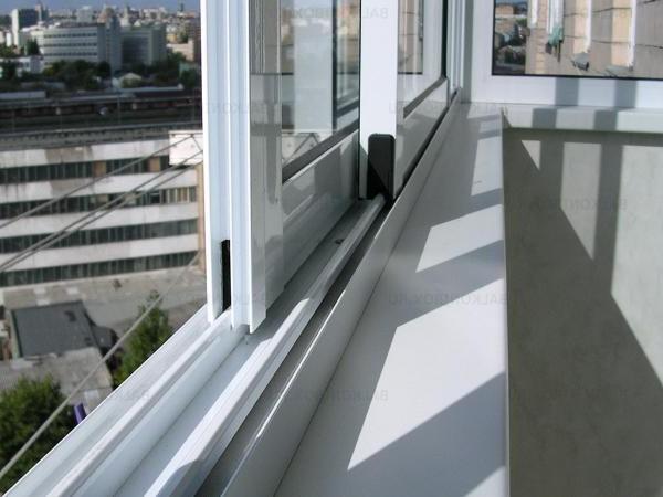 "Остекление балкона и лоджии окнами пвх окна ""пвх-комфорт""."